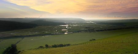 Cuckmere_valley_wide_view_1