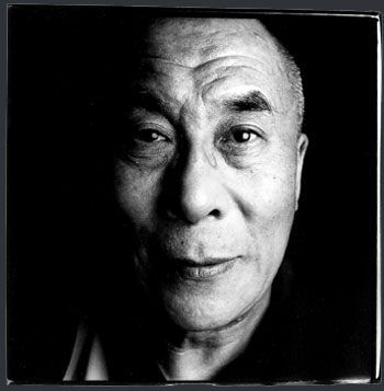 http://grahamsblog.typepad.com/photos/uncategorized/dalailama.jpg